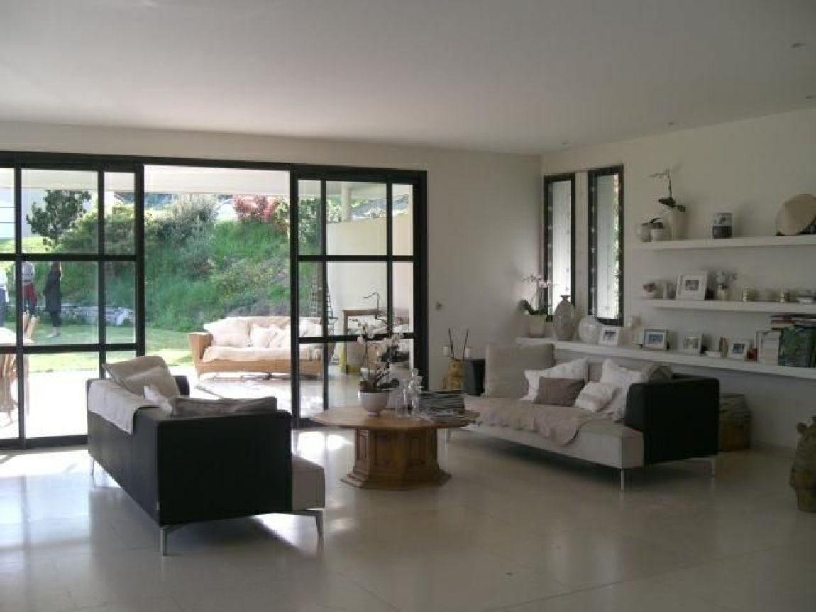 meylan magnifique maison d 39 architecte de 2002 tr s beaux volumes salon d 39 t. Black Bedroom Furniture Sets. Home Design Ideas